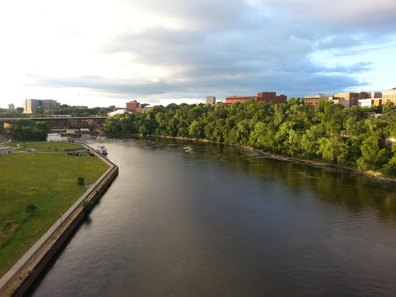 The view of the Mississippi River from the University of Minnesota's campus. © Mia Bennett