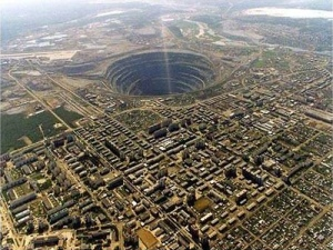 Mirny Diamond Mine. Sakha Republic, Russia. Flickr/DrJohnBullas