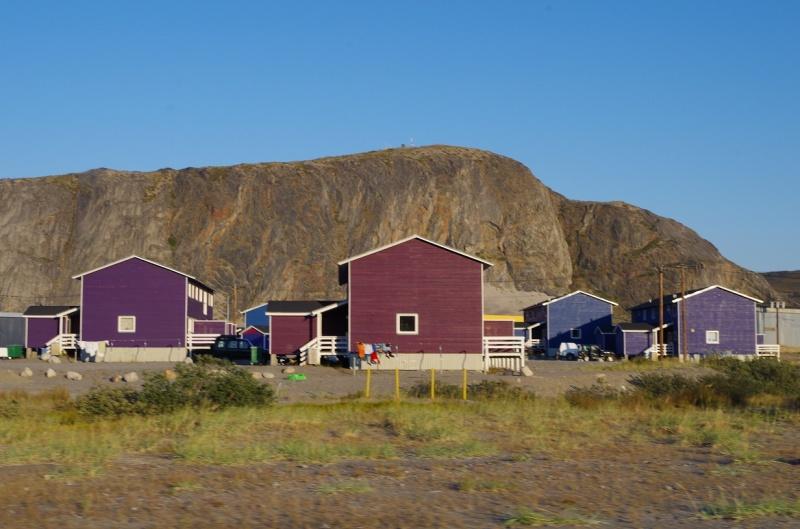 Houses in Kangerlussuaq, Greenland. © Mia Bennett, August 2014.