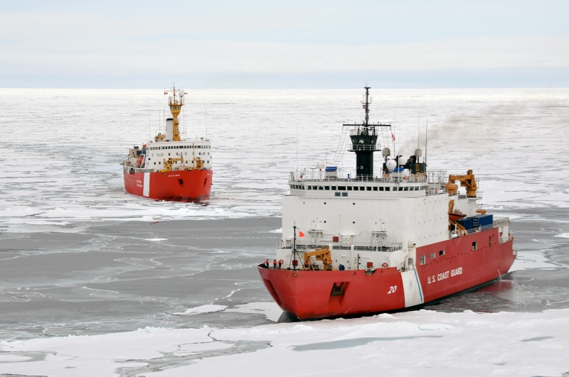 Geology or politics at work? USCGC Healy (R) and Canadian Coast Guard Ship Louis S. St-Laurent (L) mapping the Arctic seafloor in 2011. Photo: University of New Hampshire/NOAA.