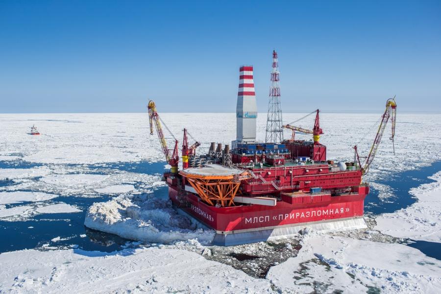 Prirazlomnaya_Arctic_Winter