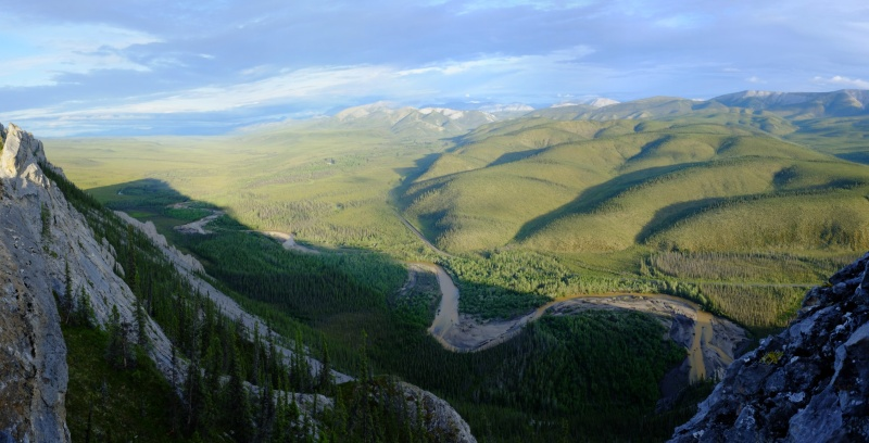 Dempster-Highway-Sapper-Hill-Panorama