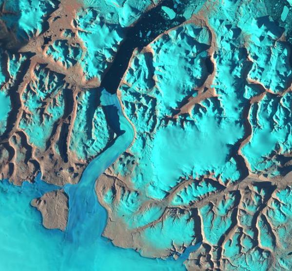 north-greenland-glacier-sentinel-2-arctic