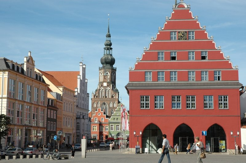 greifswald-town-hall