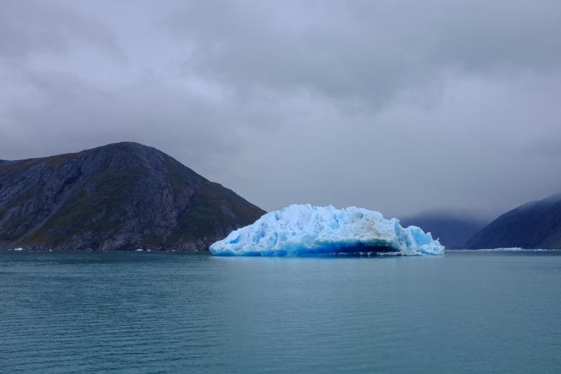 big-iceberg-greenland
