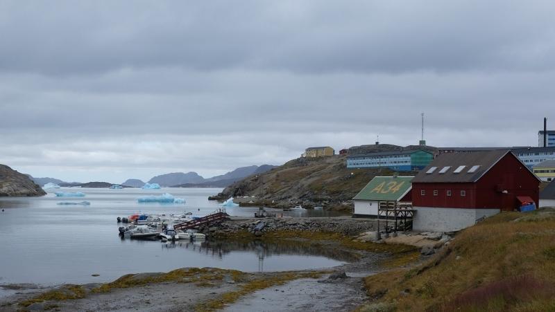 narsaq-icebergs-greenland